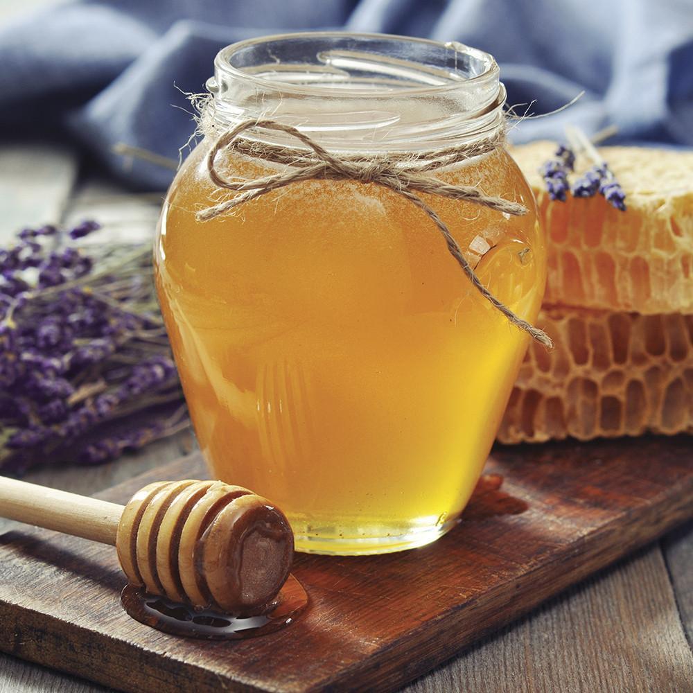 village-candle-honey-patchouli