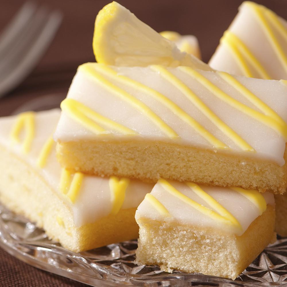 village-candle-lemon-pound-cake
