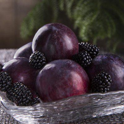 village-candle-patchouli-plum